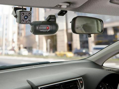 社用車にドライブレコーダー搭載