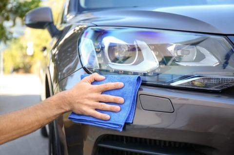 ヘッドライトを簡単に綺麗にする方法