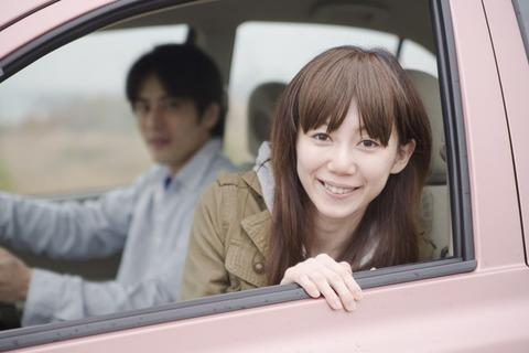 好きな女とドライブ中に