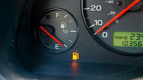車のガソリン満タン派