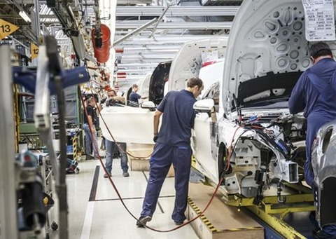 自動車工場の期間工