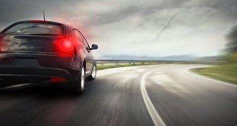 車を運転している時ブレーキが効かなくなりました あなたはどうしますか?