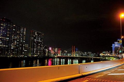 夜の首都高ドライブ