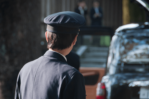 タクシー運転手に転職