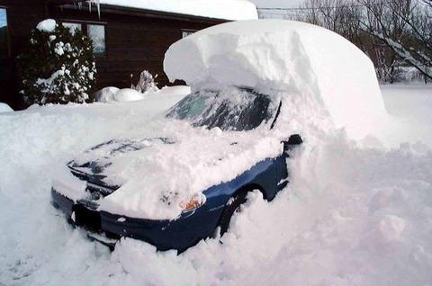 車中泊してるけど寒すぎ