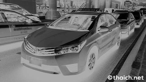 【タイ】バンコクの悪徳タクシー、高額請求を拒否すると高速道路で置き去り