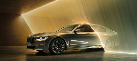 BMW7か3