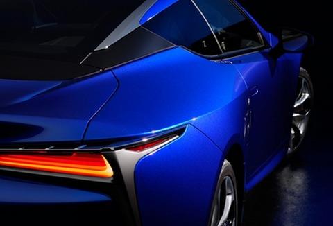 車の色で青