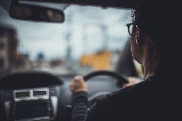お前ら車運転する時一発免停にならん程度の速度で我慢してるの?
