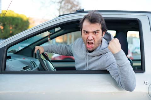 煽り運転の時は規制賛成派