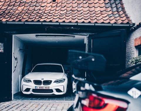 車の車庫入れ