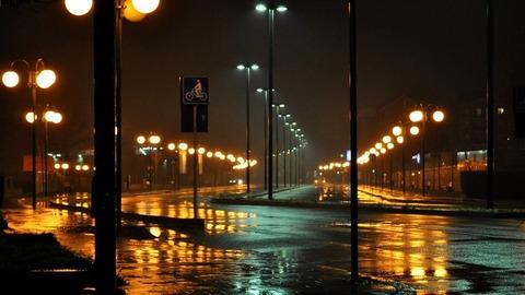 ドライバー「雨の日の夜の運転はほぼ見えてない。一か八かみたいなとこある」←これマジ?wwwww