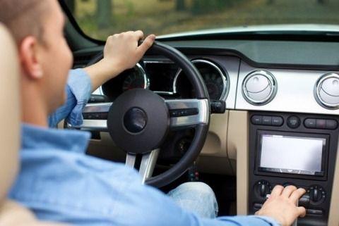 マニュアル車運転以上の楽しい事あるの?wwwwwwwww