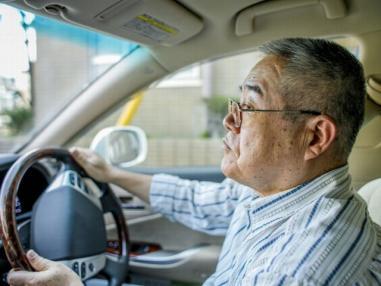 運転危ない親