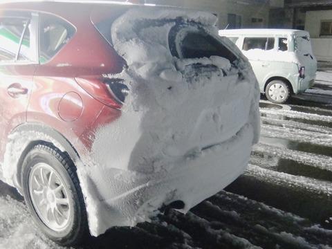 雪国は車が汚れる