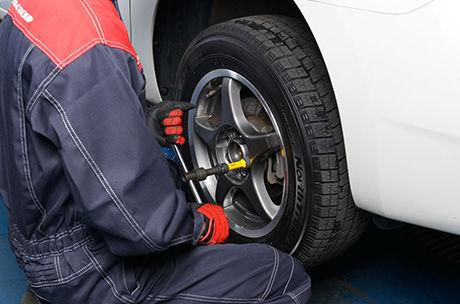 タイヤ交換の工賃料