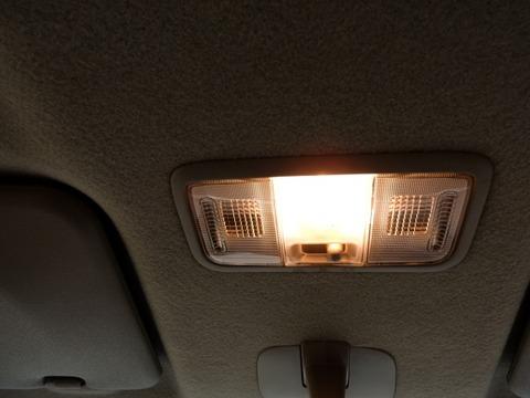 車の車内灯つけっぱにし