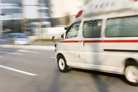 これ救急車呼んでもええんかな・・・・・