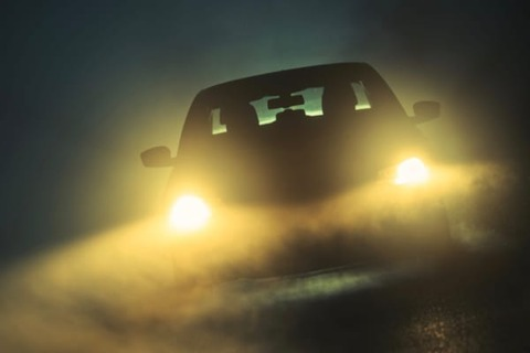 お前ら&自動車メーカー「車中泊!」俺「楽しそう!」→警察「こんばんわー」