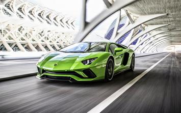 ワイが車買ったら明るいグリーンの車に乗るwwwwww