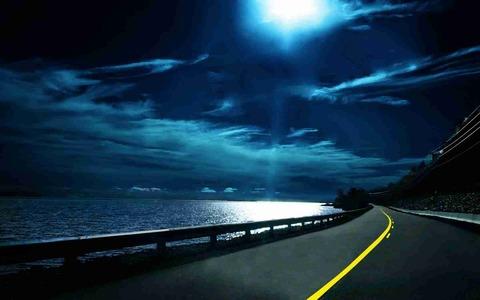 夜の1人ドライブ好き