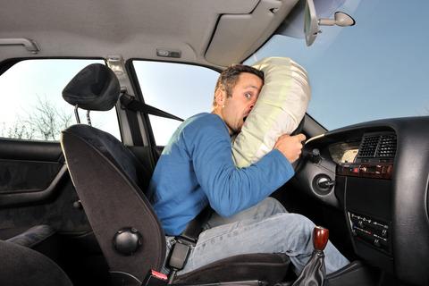 車のエアバッグ