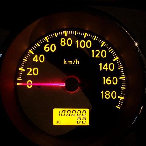 新車で買って5年経ってもうすぐ10万kmだけどwwww