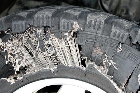 タイヤがバースト