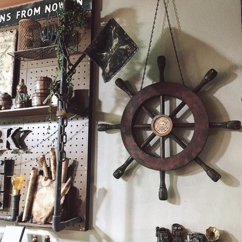 ハンドルを海賊船