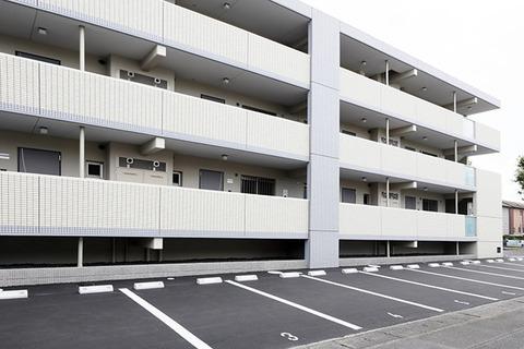 都内で家と駐車場