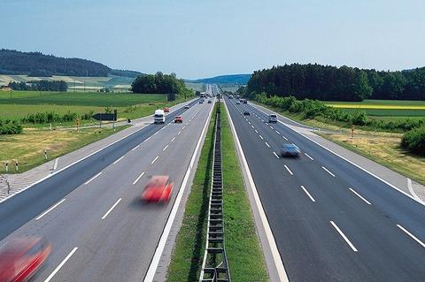 高速道路怖くて120km以上