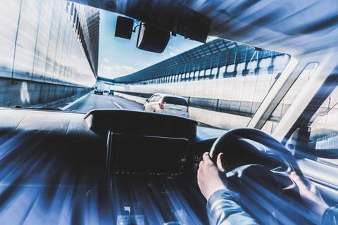 軽自動車で高速走るの怖いの??