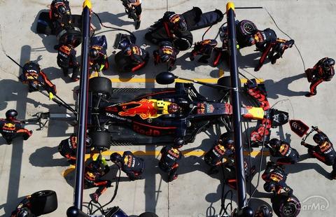 F1のタイヤ交換