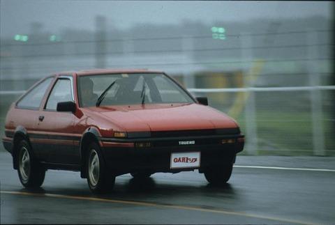 三大昔の車の良かったところ「車体価格が安い」「修理代が安い」