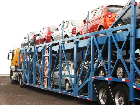 車の陸送費用
