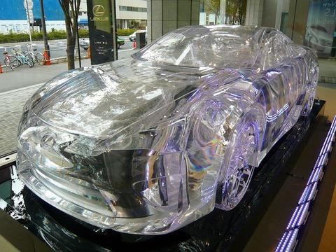 交通事故防止に車の素材を透明にすることってできないの?www