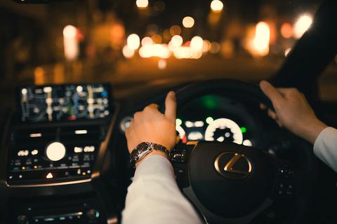深夜にドライブ