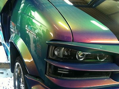 三大痛々しい車のカラーと言えば?「オタクブルー」「キッズレッド」