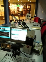 スタジオ中