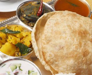 ダルマサーガラ,南インド料理