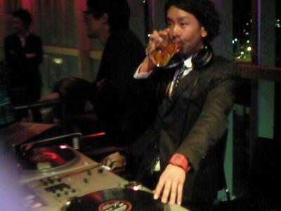 DJスネーカー