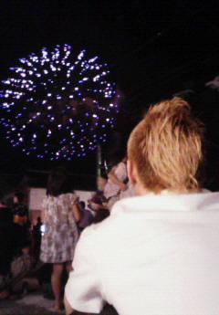 花火を楽しむ29歳 夏 井上さん