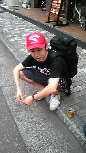 徒歩で日本一周する男・原田