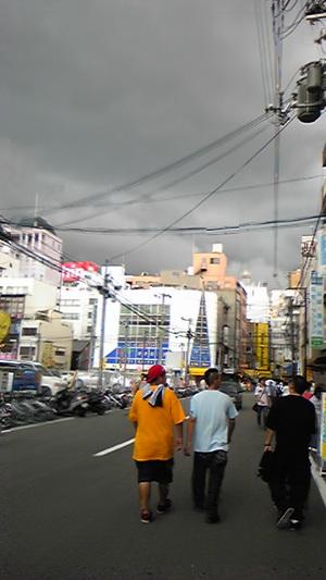 上野君と日本橋ブラブラ