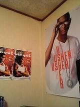 アシャさんのポスター