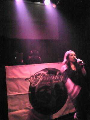 EMIちゃんの圧巻のライブ