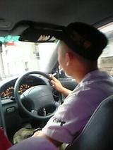 珍しく運転手・トモゲン