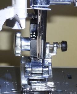 ウイング針という家庭用ミシンに使う針はご存じですか