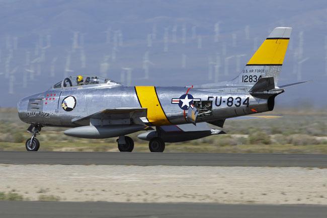 19MAR'16_617D1X_N186AM(F-86