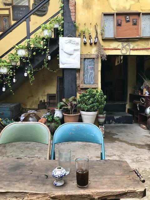 カフェ中庭